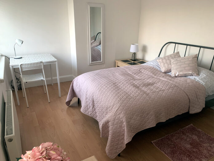 First floor double bedroom ready for lodgers